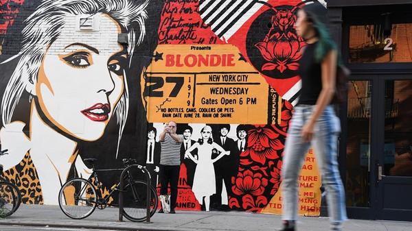 Blondie forever – ein Mauergemälde des Künstlers Shepard Fairey in New York © ANGELA WEISS/AFP/Getty Images