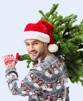 Weihnachtliche Olympiade mit Baumweitwurf und Baumsägen