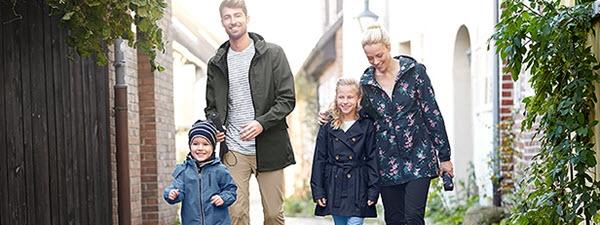 Regen- & Outdoorbekleidung für die ganze Familie.